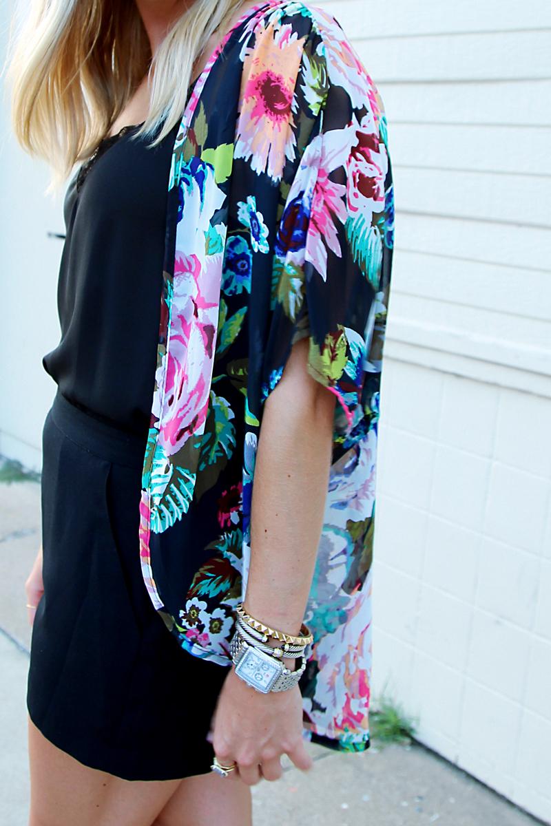 Katydid USA black floral kimono