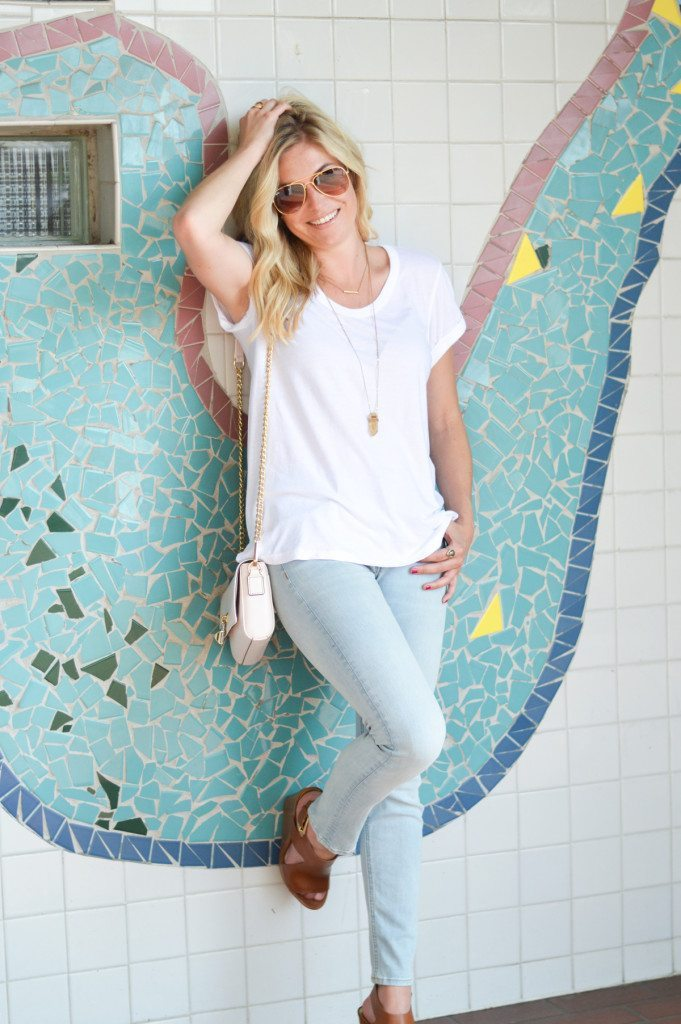 casual summer outfit-dallas blogger-white tee
