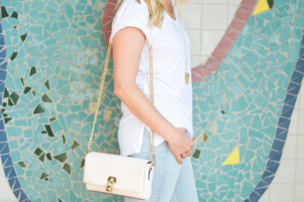 white crossbody purse-dallas blogger-summer purse