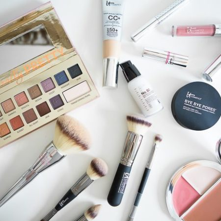 it cosmetics-dallas beauty blogger