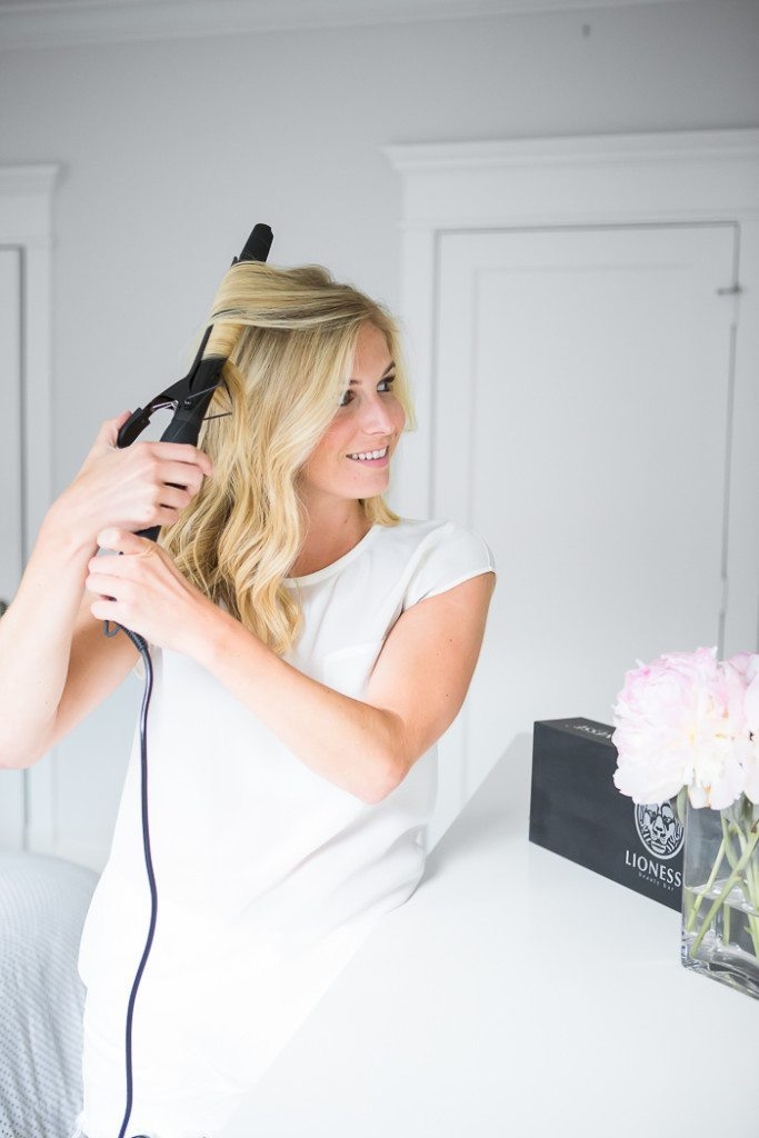 how to curl your hair-dallas blogger-curling your hair