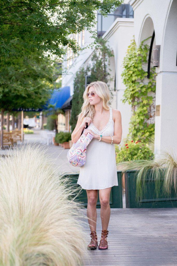 lace trim y back mini dress-boho beach dress-printed beach tote-gladiator sandals-dallas fashion blogger