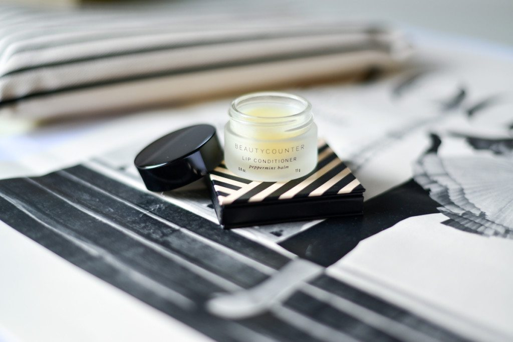 beauty counter cosmetics-lip conditioner-peppermint lip balm