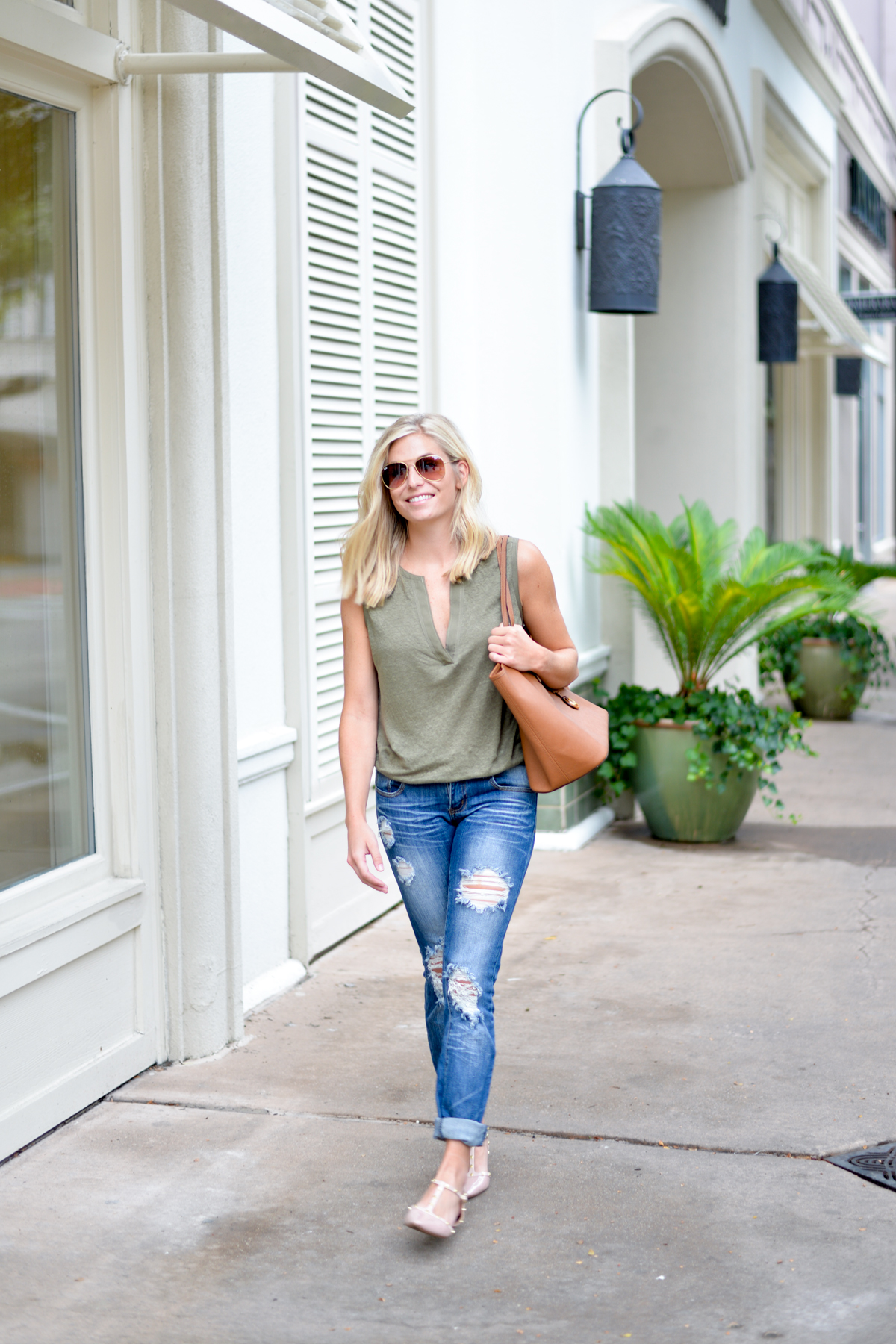 olive green tank-destroyed boyfriend jeans-pink studded flats-michael kors tote-dallas fashion blogger