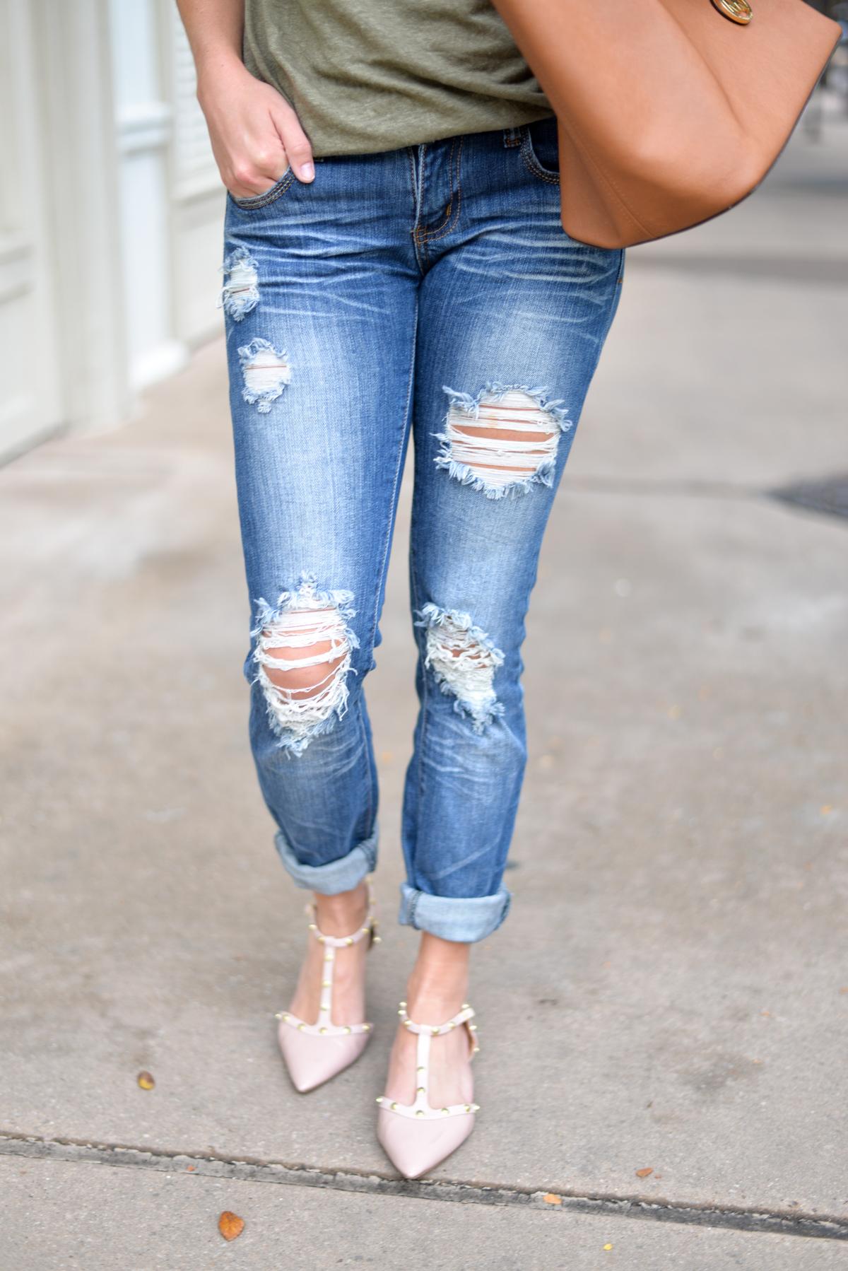 destroyed boyfriend jeans-pink studded pointy toe flats