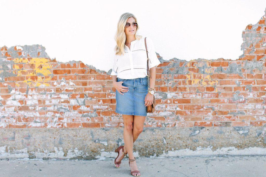 dallas fashion blogger-denim skirt trend-white lace detail blouse