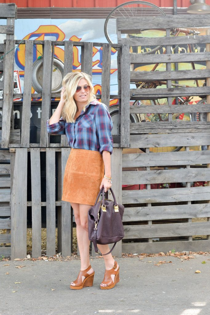 suede skirt outfit ideas-suede mini skirt with plaid shirt-dallas fashion bloggers