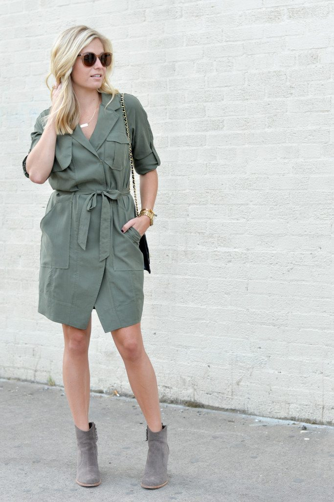 olive shirtdress banana republic-joie tan suede bootie-gold bar necklace-dallas fashion blogger