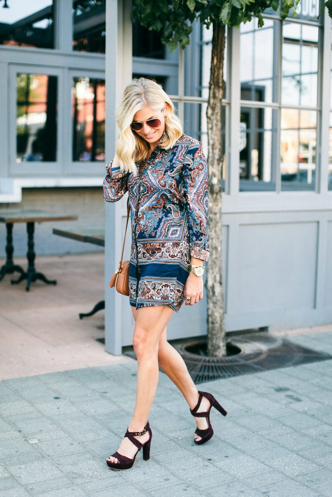 fall date night outfit-paisley shirt dress for fall