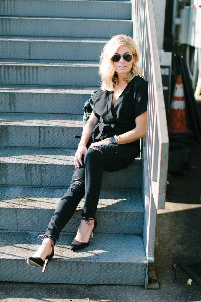 casual all black outfit-basic black outfit for fall-fashion bloggers dallas