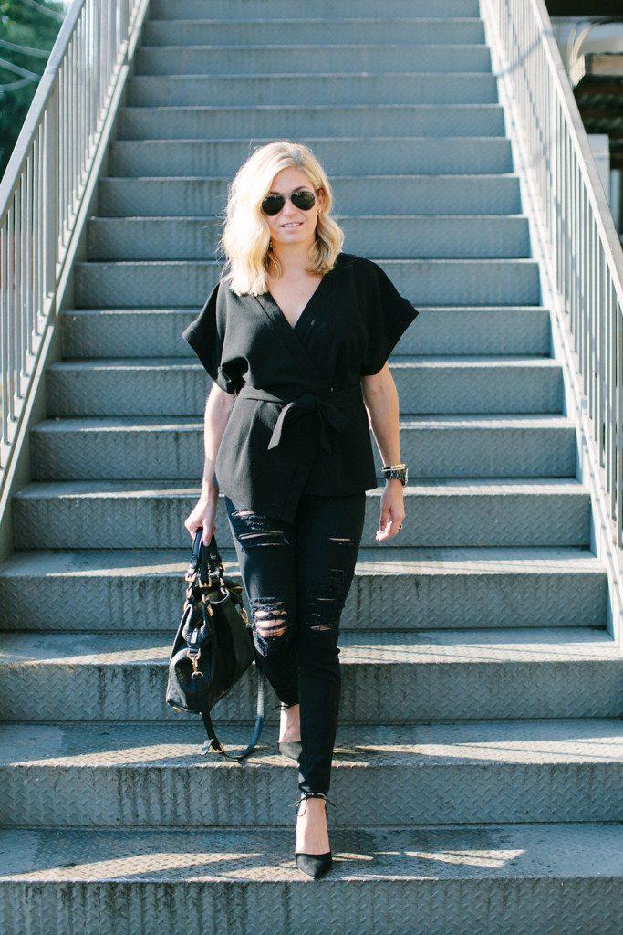 basic black uniform-black short sleeve blouse-black ripped skinny jeans-dallas fashion bloggers