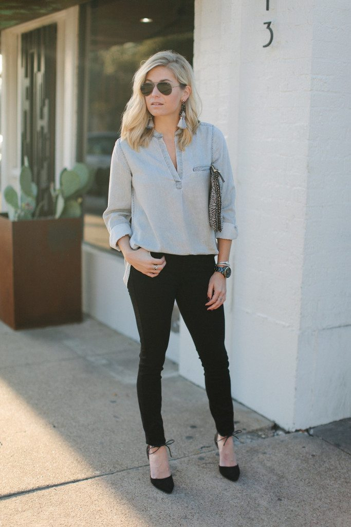 grey tunic shirt with black skinny jeans-dallas fashion bloggers