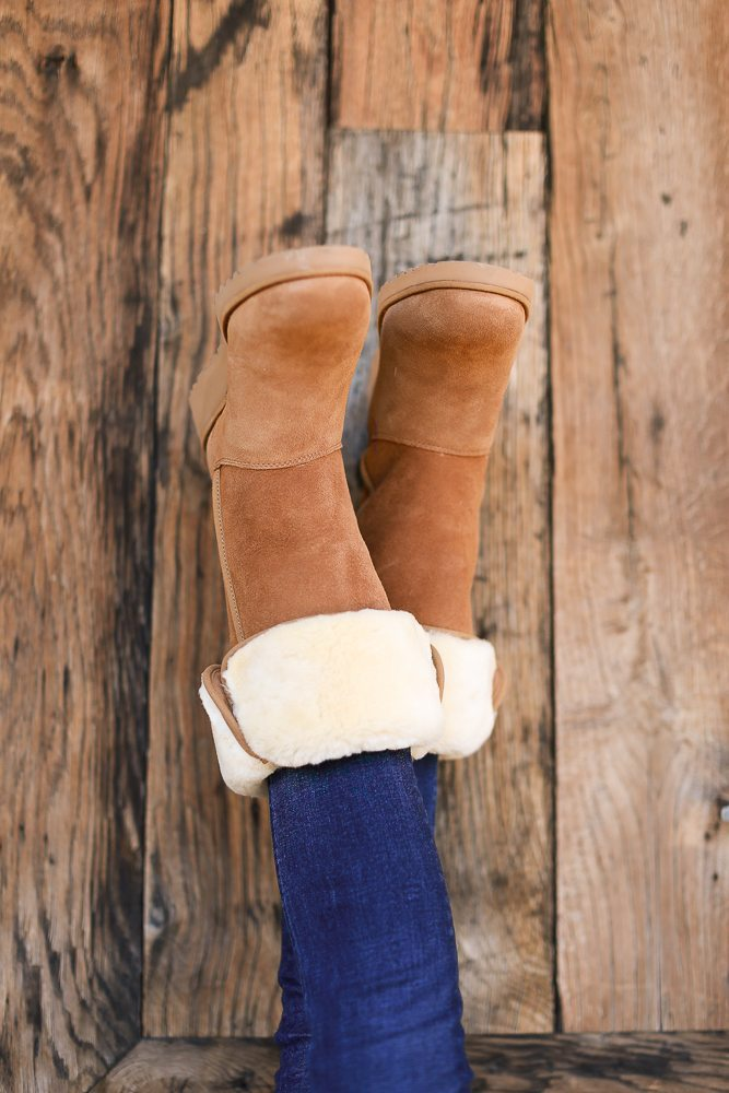 classic ugg boots in chestnut color