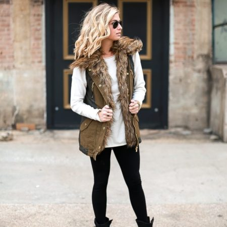 faux fur collared vest-off white sweater-winter outfit-fur vest outfit ideas-dallas fashion blogger