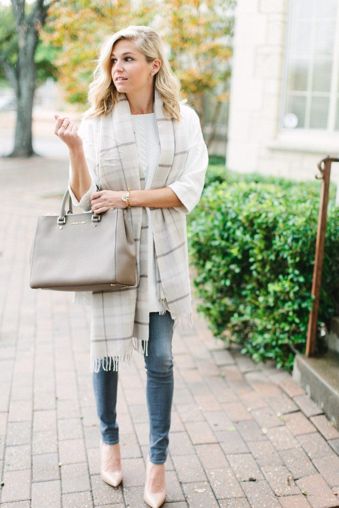 cooper and ella white cable knit tunic with grey skinny jeans-dallas fashion bloggers