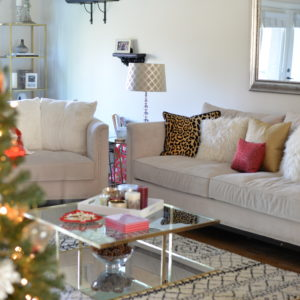 HOME FOR THE HOLIDAYS + GIVEAWAY