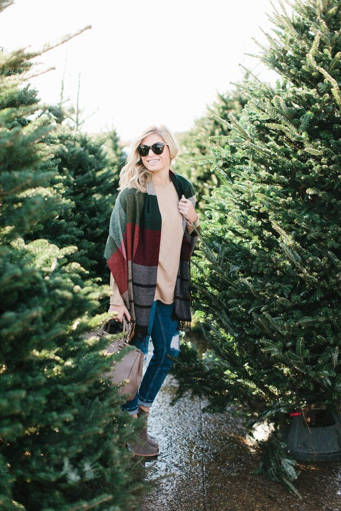 multicolored plaid scarf-red plaid tassel scarf-holiday outfit-what to wear for christmas-christmas tree farm-dallas fashion blogger