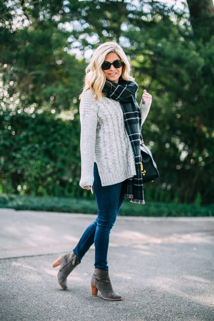 cable knit sweater-winter outfit inspiration-1 state sweater-plaid reversible scarf-dallas fashion bloggers