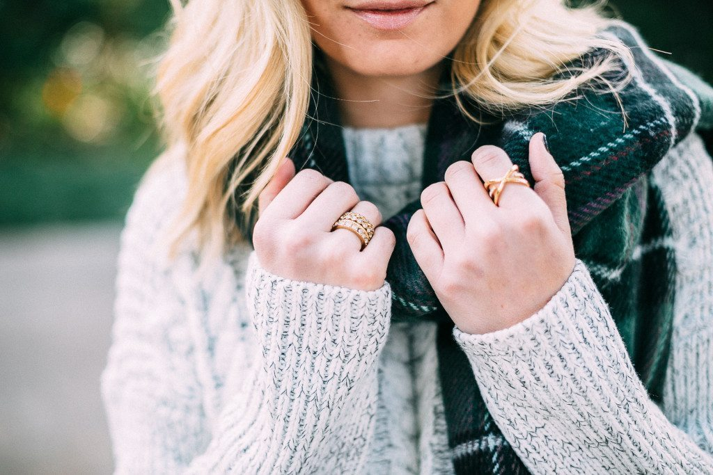 gold ring stack-baublebar rings-cable knit sweater
