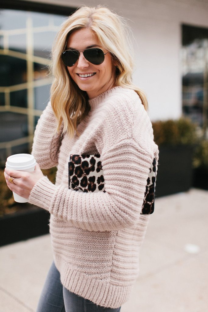 blush ribbed sweater-leopard clutch