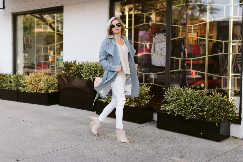 pantone color of the year transitional outfit