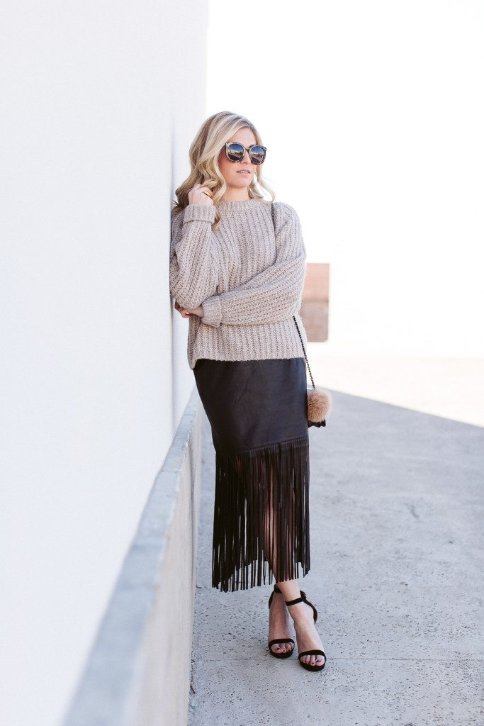 faux leather fringe skirt-oversized sweater-dallas fashion blogger