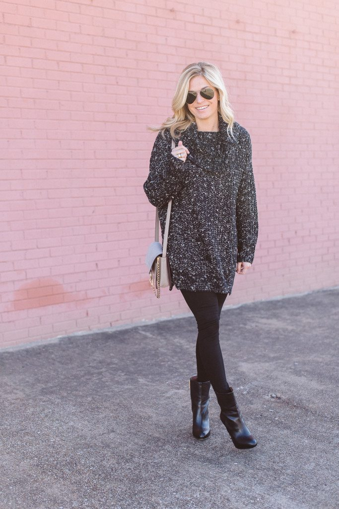 anti valentines day outfit-oversized black sweater