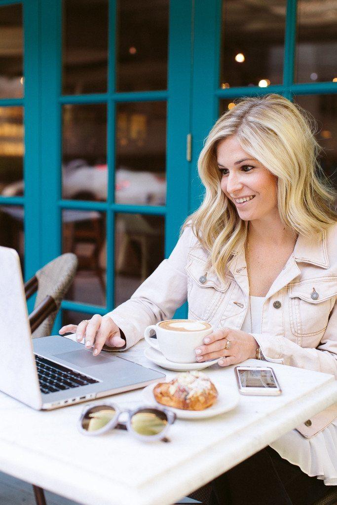 coffee downtown dallas-magnolias sous le pont-digital marketing consultant dallas tx
