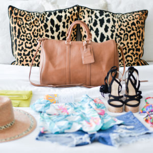 BEACH TRIP PACKING GUIDE WITH SOLE SOCIE...