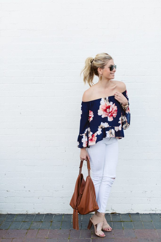 blue floral off the shoulder top-causal beach outfit-white ripped skinny jeans-dallas fashion bloggers