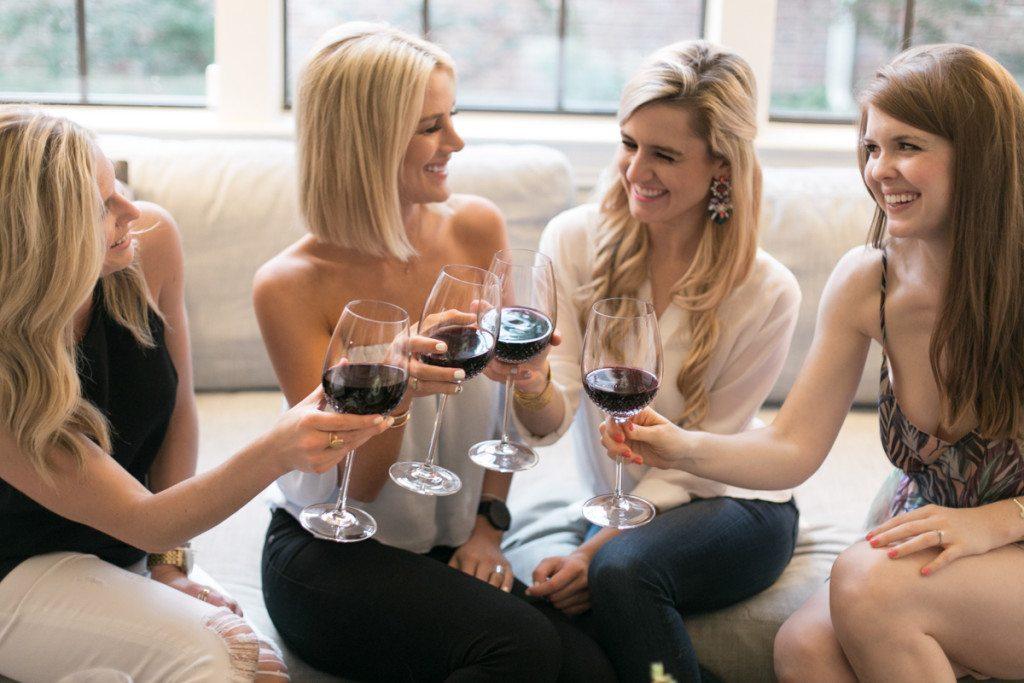 girls wine night idea