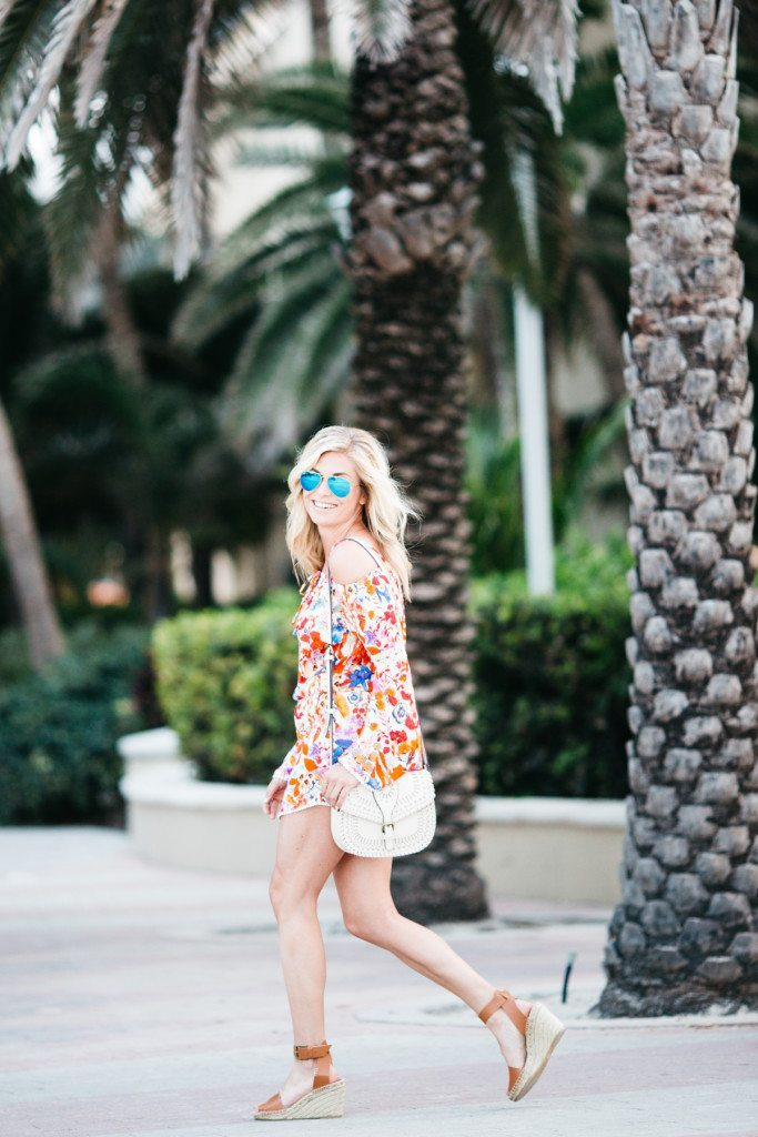 red floral romper - beach vacation outfit - miami beach style - style outfit - travel blogger - fashion style outfits