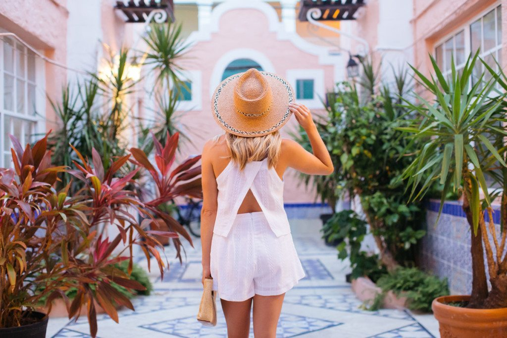miami florida - beach outfit ideas - travel style guide - summer outfit idea - white cami outfit idea - straw hat outfit