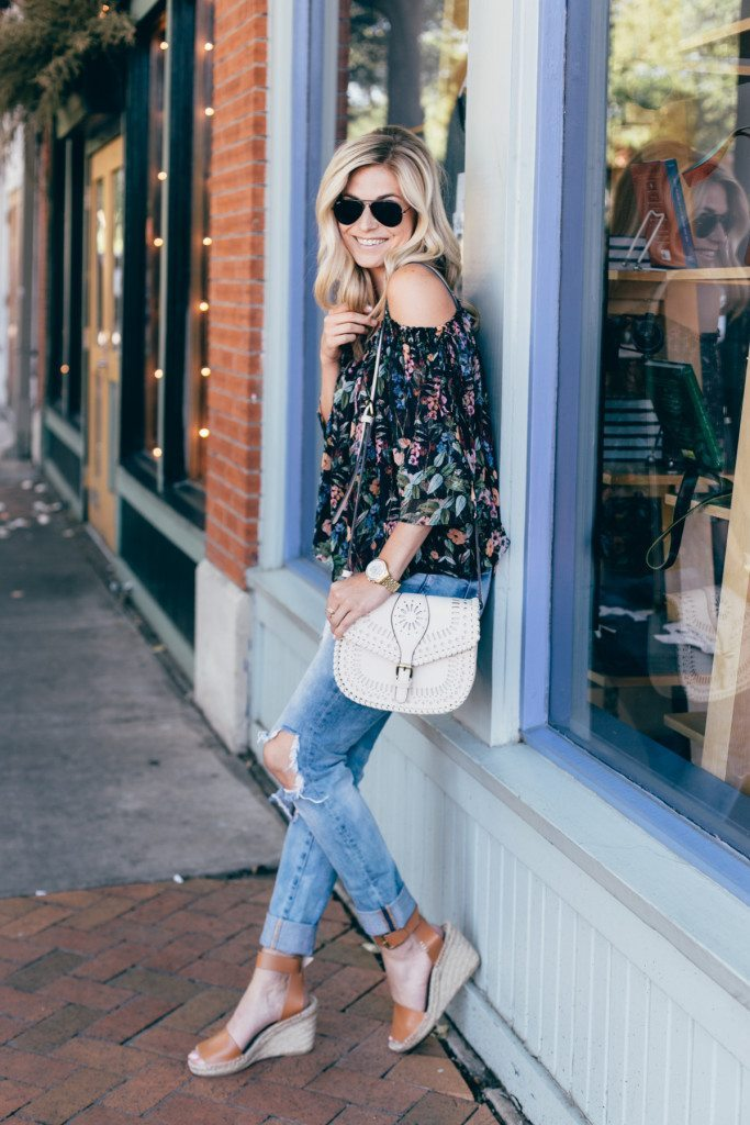 black sunglasses - casual nice dinner outfit - date night outfit