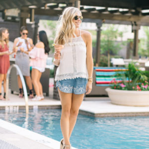 HOSTING A SUMMER POOL PARTY