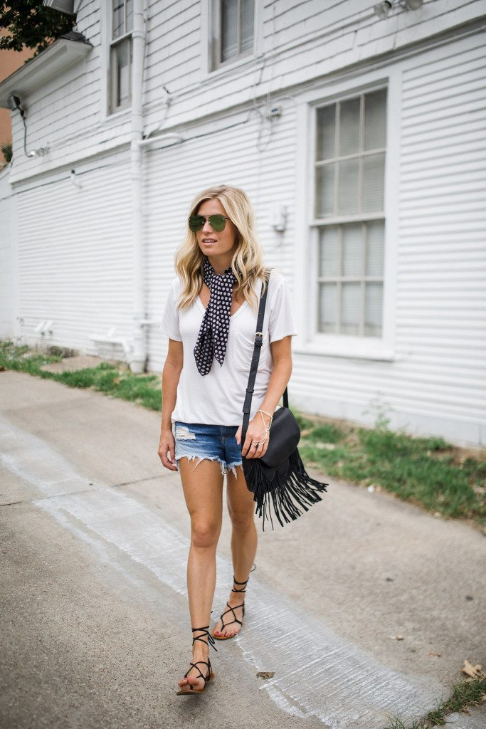 chic at every age - necktie scarf trend - casual summer outfit