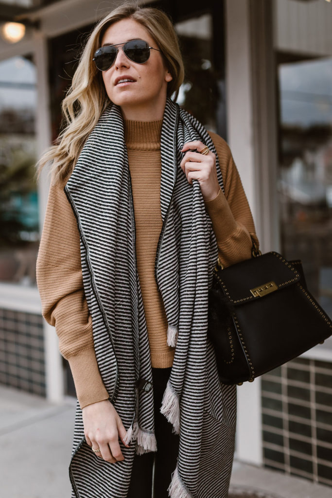 black and white stripe scarf