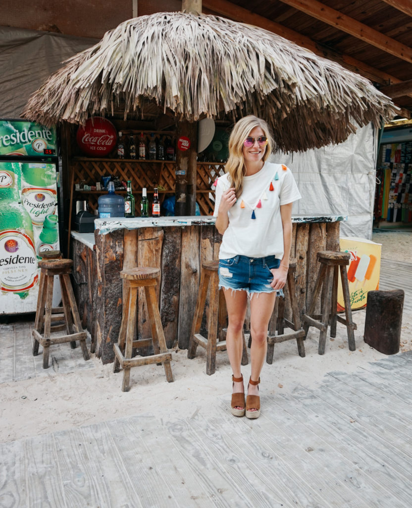 Beach Tropical Vacation Kid Blond Girl With Fashion: Dominican Republic Instagram Outfits