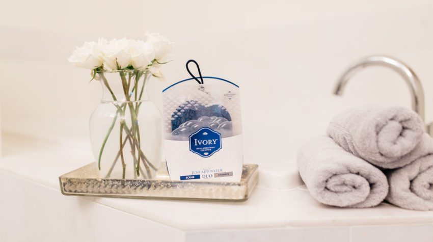 DITCH YOUR LOOFAH FOR DUO BODY CLEANSER