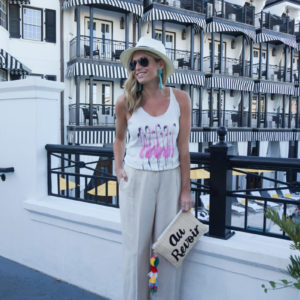 TRAVEL TUESDAY: BEACH HOUSE OUTFITS