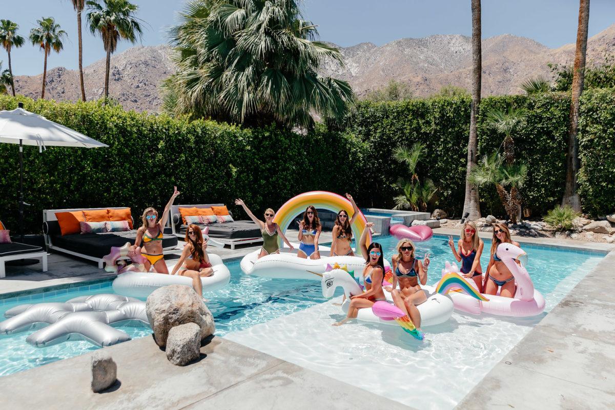 HomeAway Palm Springs pool