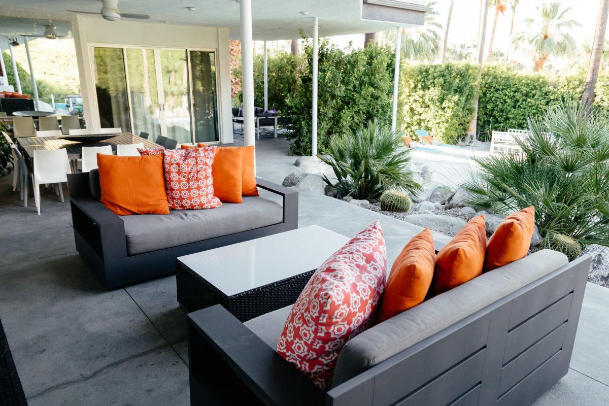 HomeAway house furniture