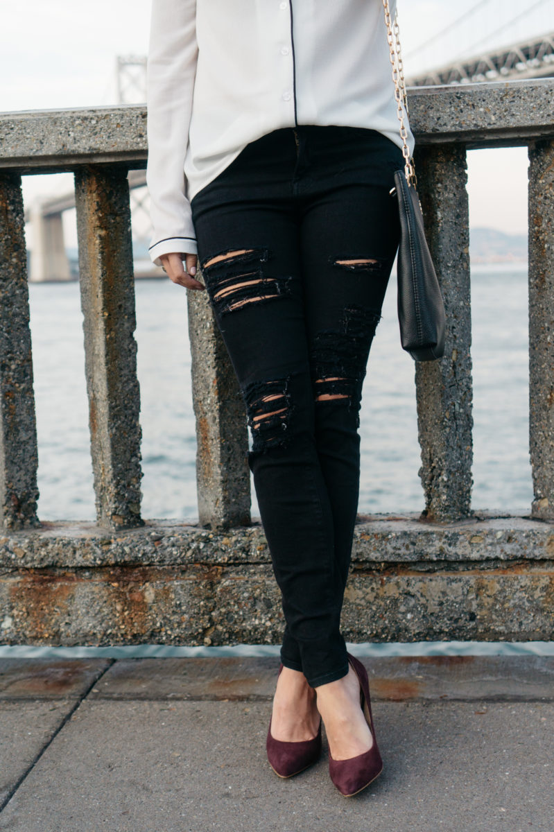 ripped black skinny jeans, burgundy suede pumps, nordstrom anniversary sale shoes, how to style black distressed skinny jeans