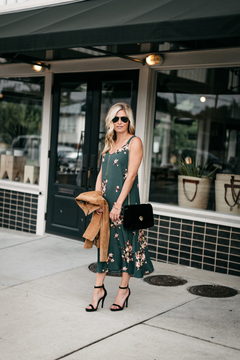 fall weather, fall outfit inspo, casual outfit, dainty jewelry
