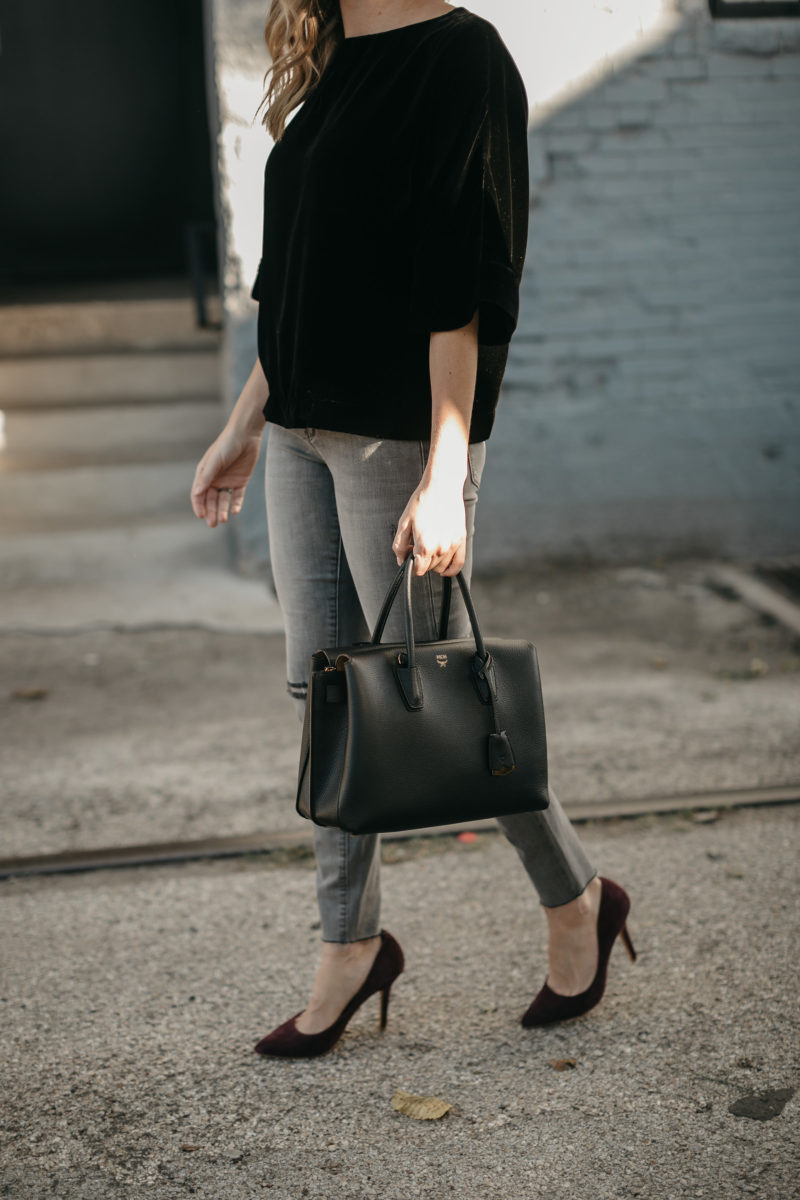 black handbag, accessories, fall trends