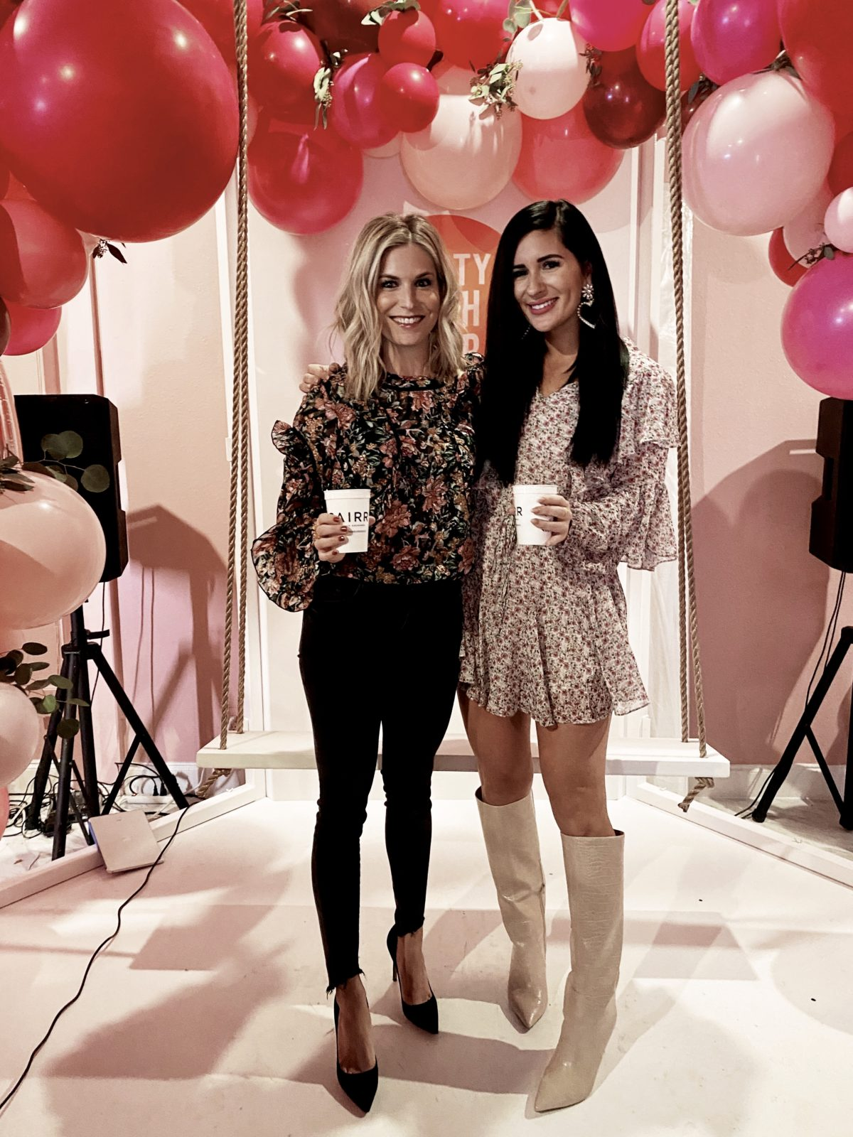 dallas bloggers lynlee poston and brooke burnett, single girls
