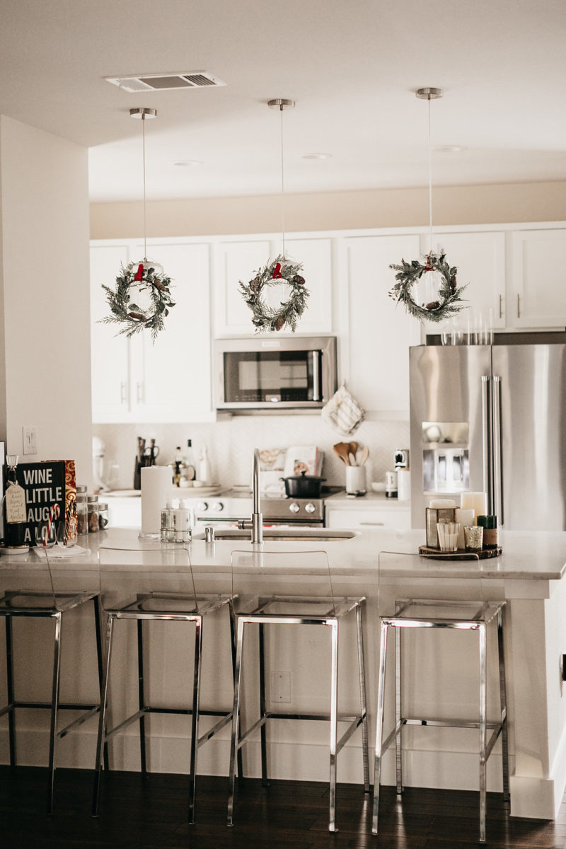 christmas decorating, holiday decorations, style blogger
