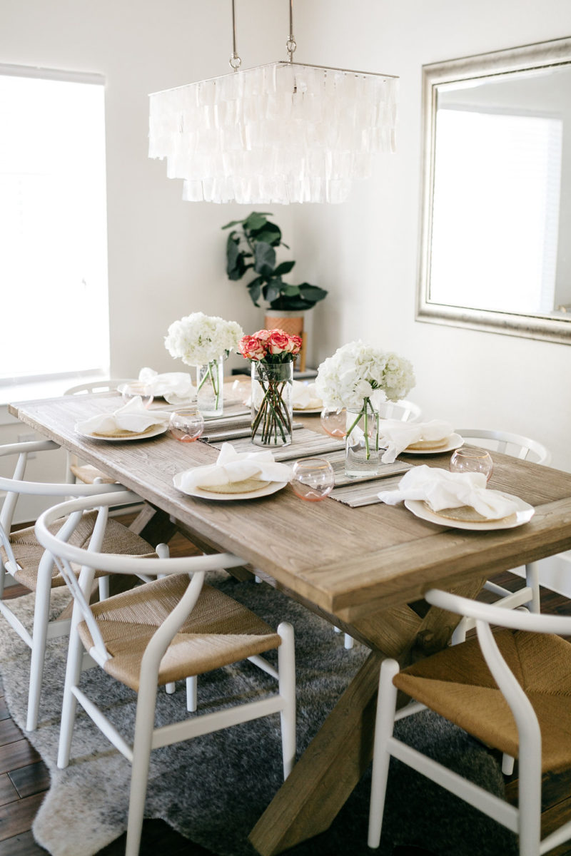 chic home decor, elegant home decor, dallas homes, lower greenville, table setting