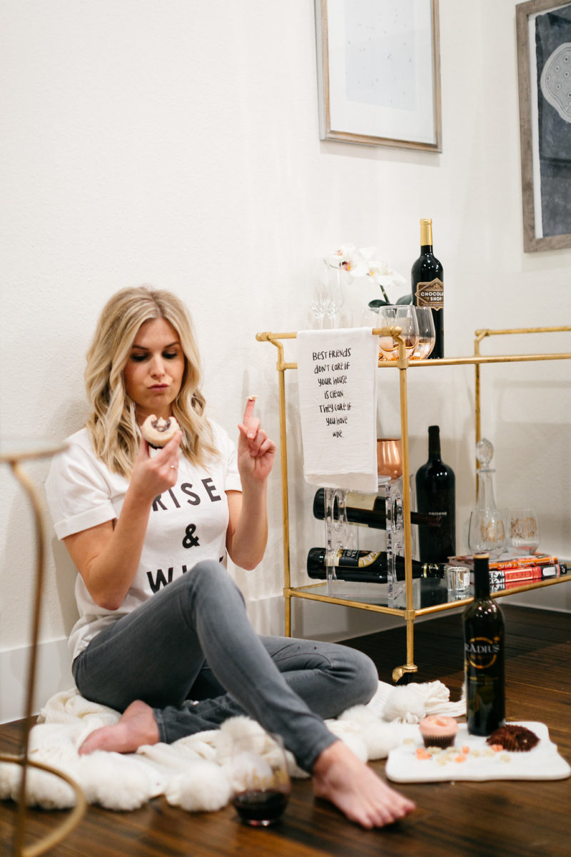 galentines, chocolate wine, fashion blogger, galentines party