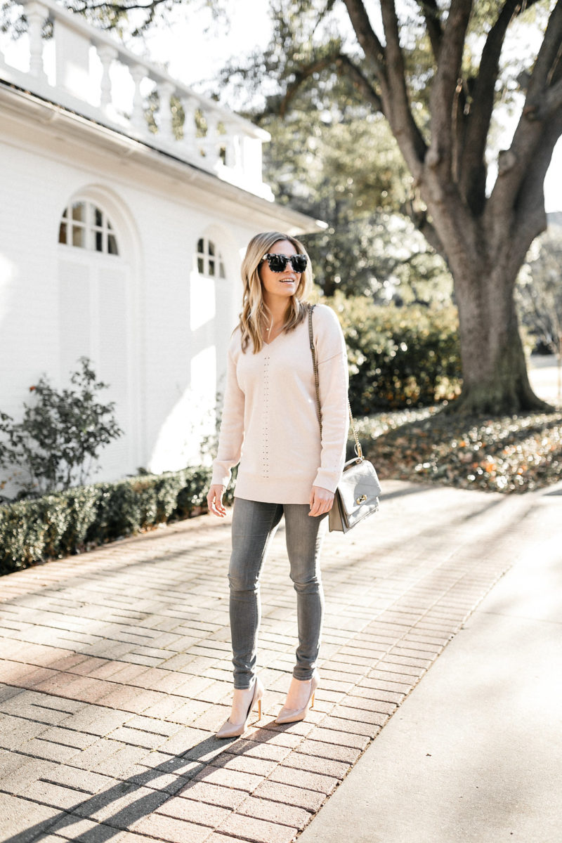 chic outfit, valentines inspo, blush sweater, valentines day